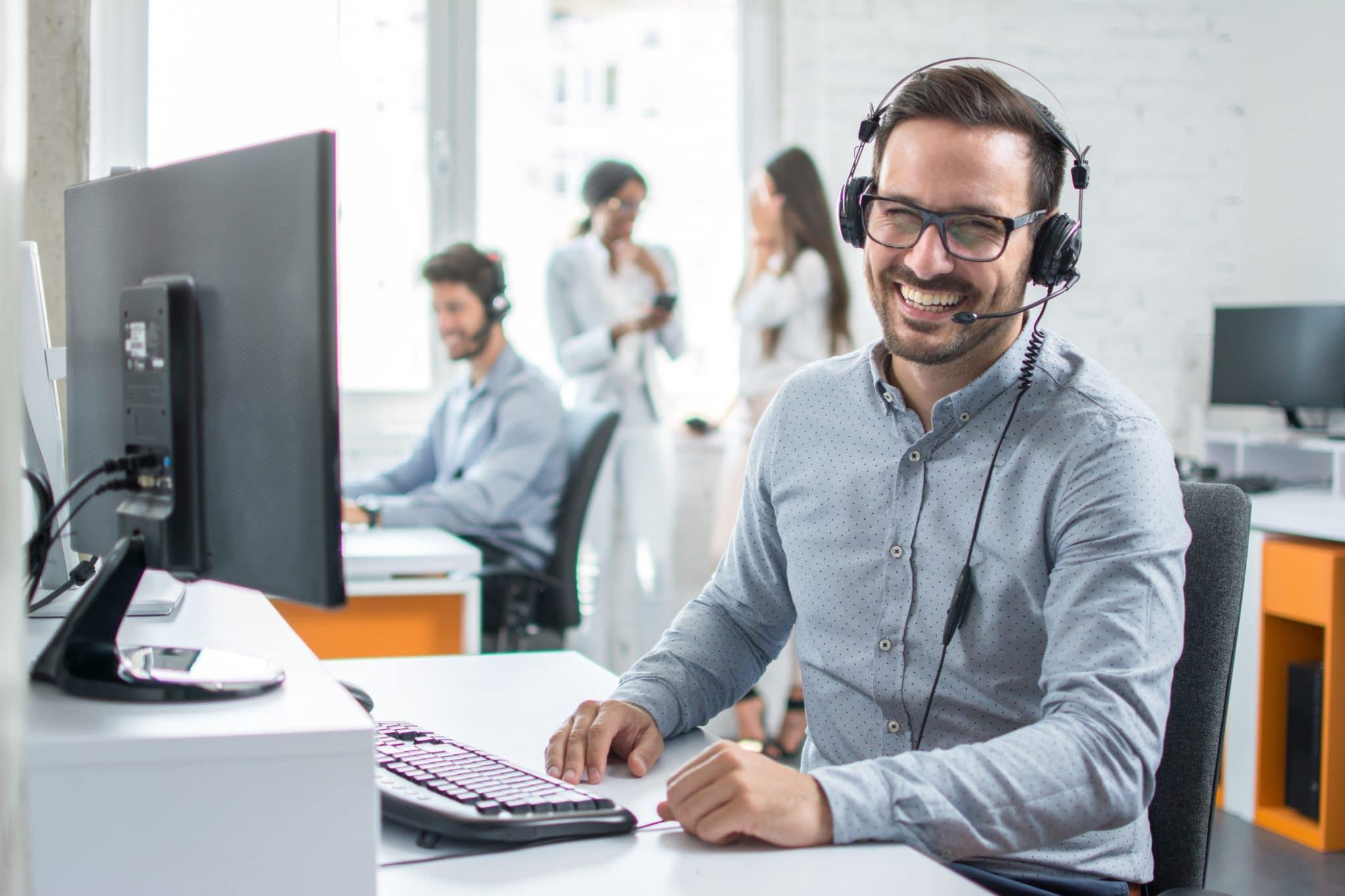 Våra Customer Success Managers hjälper dig med dina webbtjänster och ger dig support i världsklass